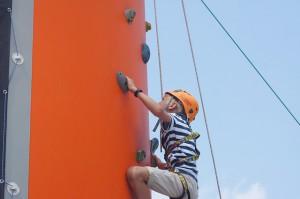 climbing-423441_640